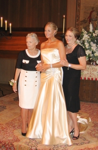 Wedding (grandma & mom)